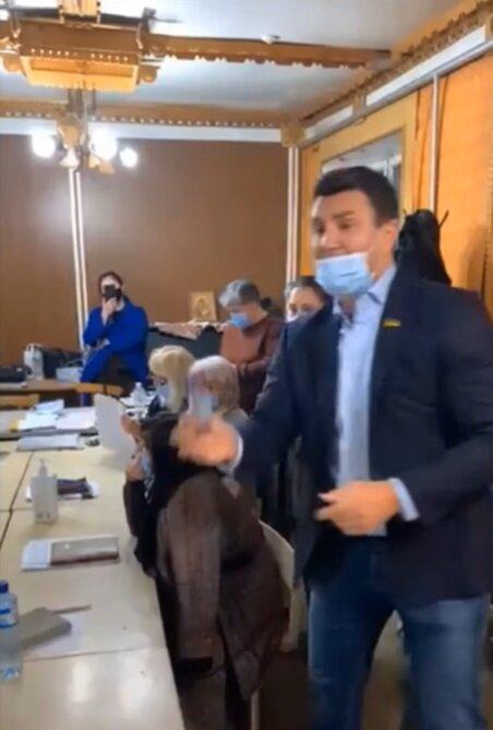 Николай Тищенко, кадр из видео: Facebook Чесно