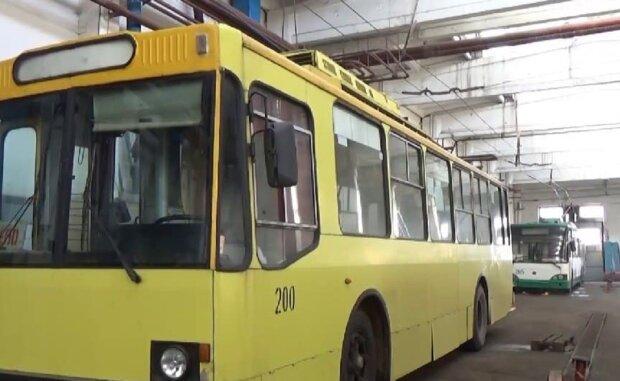 На ремонт тролейбуса витратили 600 тисяч, кадр з репортажу джедаї: YouTube