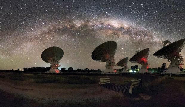 Астрономы обнаружили новый источник загадочных сигналов из глубин космоса: кто и что нам пытается сказать