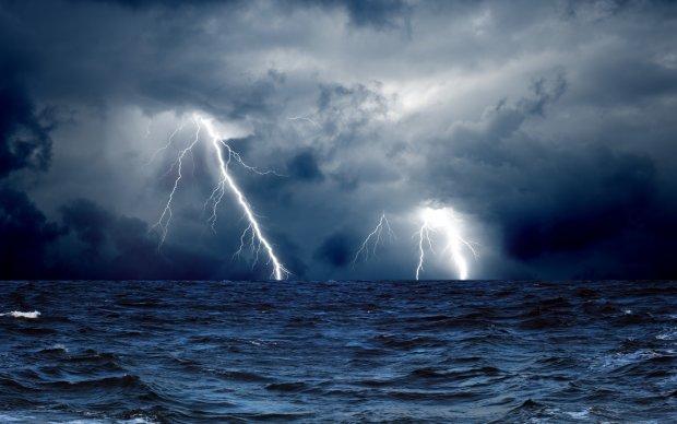 В Одессе засняли гнев Божий в разгар стихии: поразительные кадры