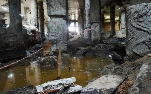 Молчаливое убийство: пока власть бездействует, гибнет крупнейшая археологическая находка столицы