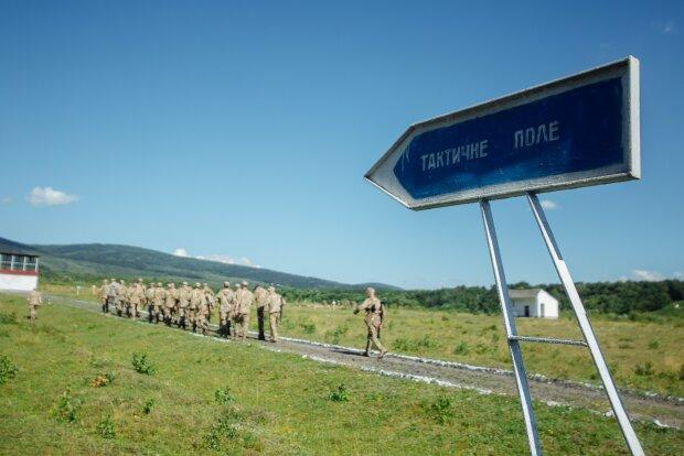 Таємнича загибель – на Херсонщині просто у військовій частині знайшли тіло солдата