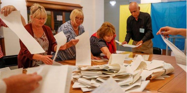 Нарушения на парламентских выборах: в каких округах придется начать все сначала