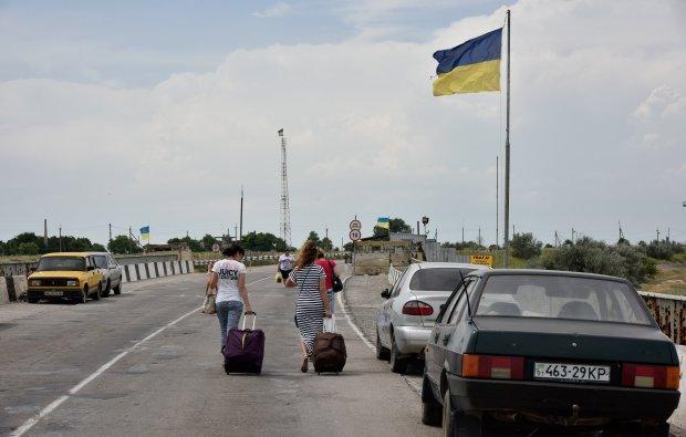 """Измученные украинцы выдворили """"понаехавших"""" из Крыма: """"До оккупации было замечательно"""""""