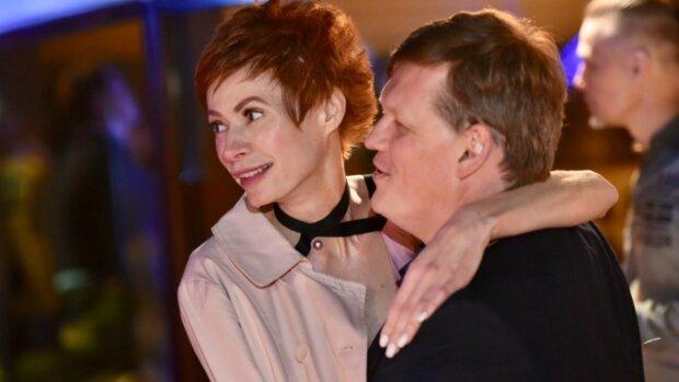 """Невеста Розенко распугала подписчиков голыми костями: """"Хочется накормить и одеть"""""""