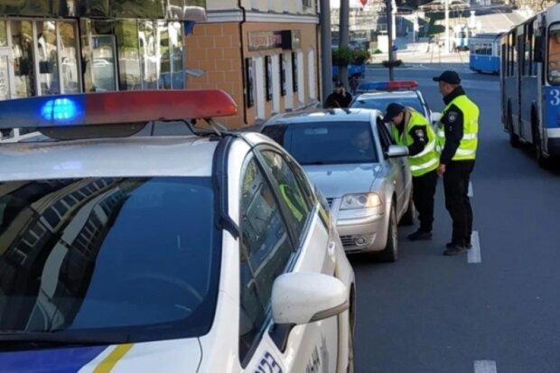 Водителям разрешат ездить без прав: только смартфон и никаких штрафов