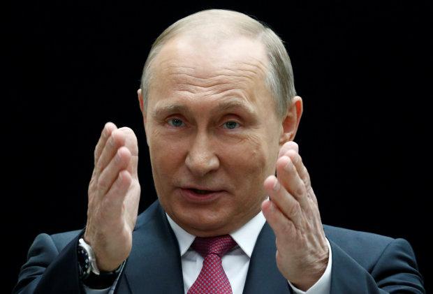 Путінська многоходовочка: у мережі регочуть із невдалого піару з першою вчителькою