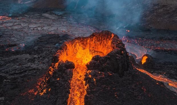 Извержение вулкана, фото: Instagram