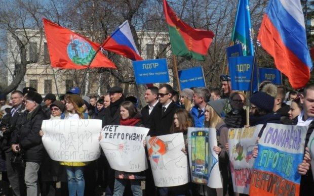 Партія Путіна зробила привабливу пропозицію школярам
