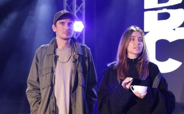 Дорофєєва і Позитив, кадр з відео