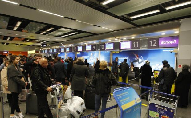 Украинский пес вынюхал 5 кг кокаина в аэропорту: подробности