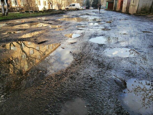 Дорога во Франковске, фото: Facebook