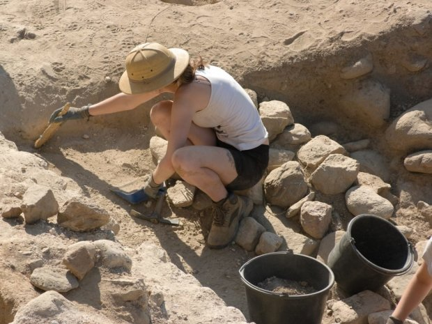 Стародавня монета і унікальні артефакти XVIII століття: археологи натрапили на справжню сенсацію