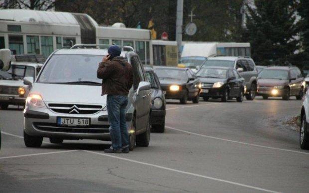 Налог на старость: новые правила окончательно запутают украинцев с евробляхами