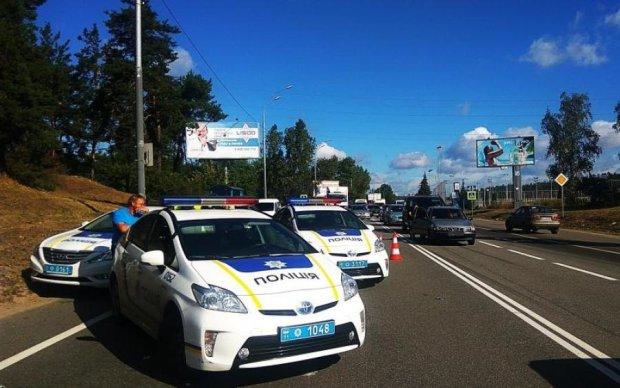 Разогнался и влетел в стену: странное ДТП под Киевом удивило даже правоохранителей