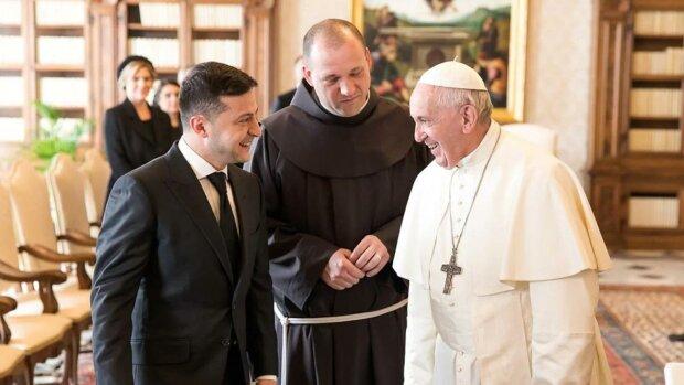 Зеленський зважився попросити у Папи Римського допомоги в звільненні від рук Путіна