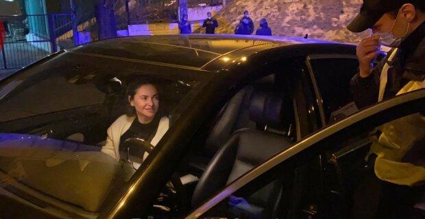 """Суд простил подружке Кличко Костенку пьянку за рулем: """"Ты хоть знаешь, кто я?"""""""