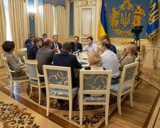 Зустріч Володимира Зеленського із лідерами фракцій