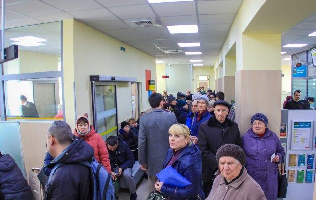 В Минсоцполитики представили детальный план по субсидиям: что изменится для пенсионеров, многодетных и других категорий украинцев