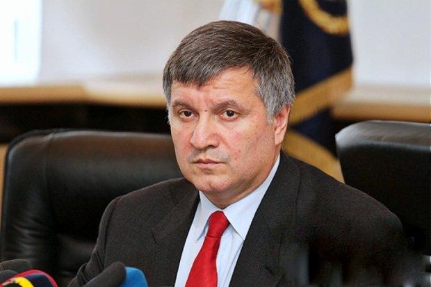 В Волновахе офицер погиб из -за бандитов, которые везли оружие в ДНР