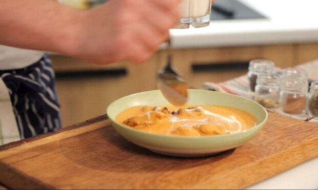 Нежная курочка в сливочно-томатном соусе отправит прямо в Индию - вкуснейший рецепт баттер чикен