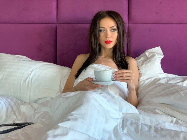 Квартира в центре и 200 тысяч долларов: что предлагают украинским звездам за ночь любви