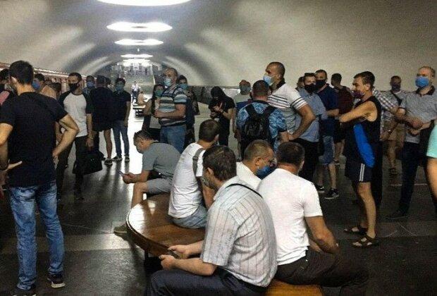 бунт в метро, фото: Суспільне