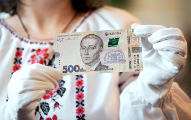 Хоть лопатой греби: украинские банки смягчили условия кредитования