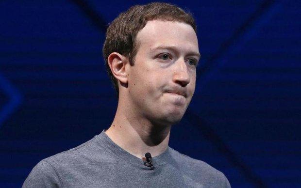 Розмовляйте тихо: Facebook звинуватили у прослуховуванні