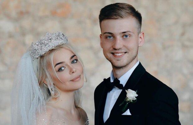 Алина Гросу с мужем, свадебные фото из Instagram