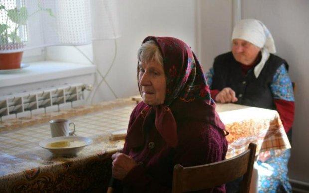 В Украине прекратили выплачивать пенсии, надвигается экономический кризис