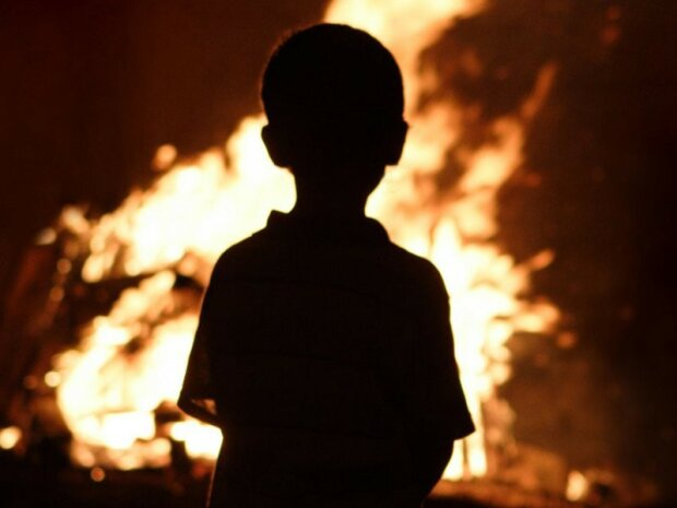 """""""Кірюшу навмисло підпалили"""": мати обгорілого у Дніпрі хлопчика заговорила, мороз по шкірі"""