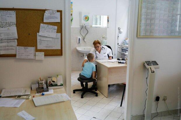 Детей без прививок не будут пускать в школы и детсады