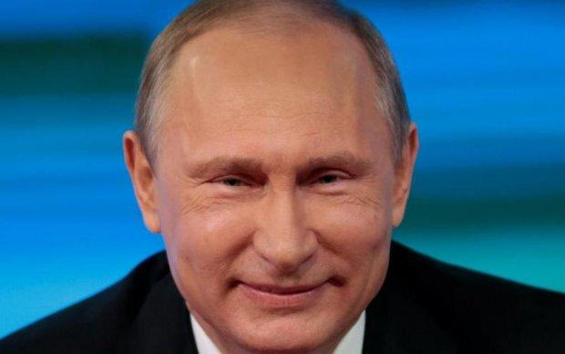 У Путіна скромно визнали, що весь світ висилає не зовсім дипломатів