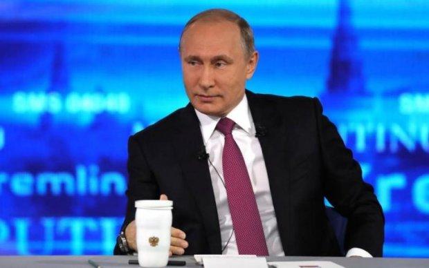 Стало известно, как Кремль срежиссировал прямую линию Путина