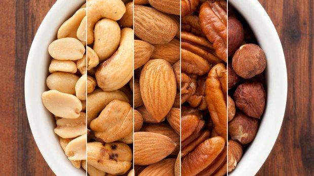 Ешь и не толстеешь: диетологи выбрали лучшую закуску