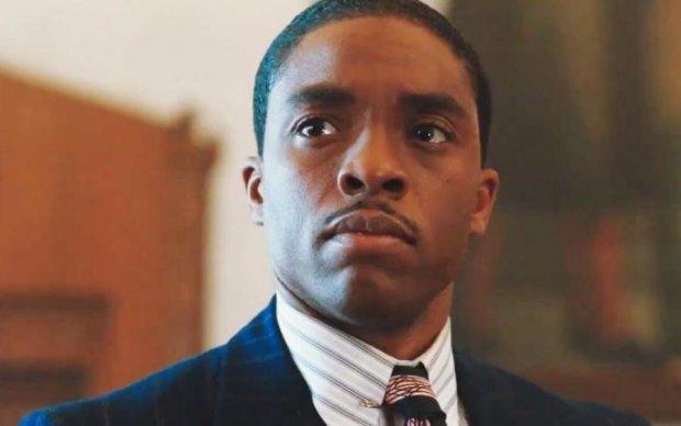 Первый темнокожий судья: в сети показали захватывающий трейлер