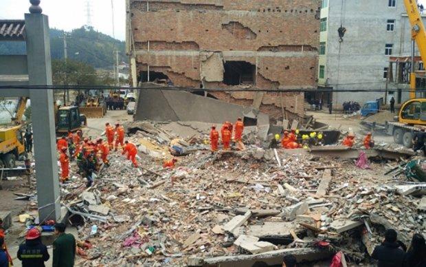 В Китае обвалился дом: есть жертвы
