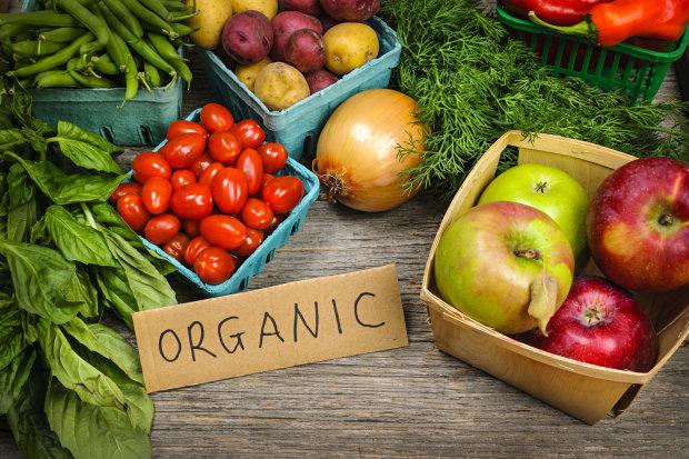 Без пестицидов: названы продукты, которые предотвращают смертельные заболевания