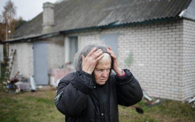 Подвал, шприцы, вонь: изверги издеваются над людьми в подпольном доме престарелых
