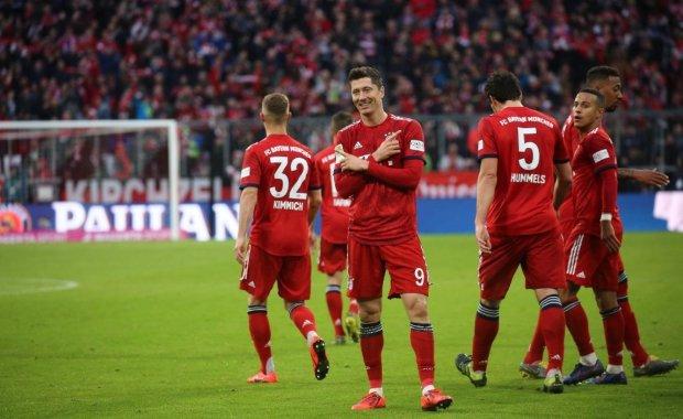 Баварія розгромила Вольфсбург з тенісним рахунком