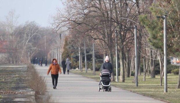 вулиця / скріншот з відео