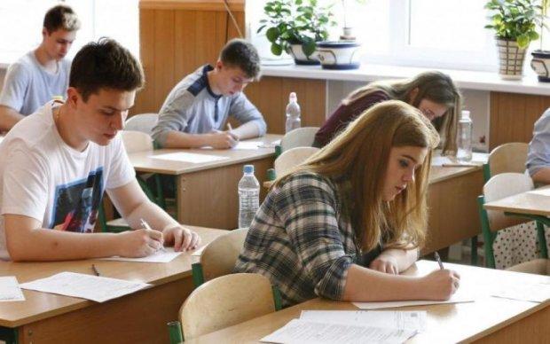 Пробні тести ЗНО-2018: школярам склали графік