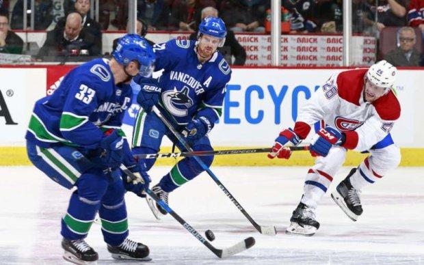 НХЛ: Разгромная победа Торонто, голевая перестрелка в Ванкувере
