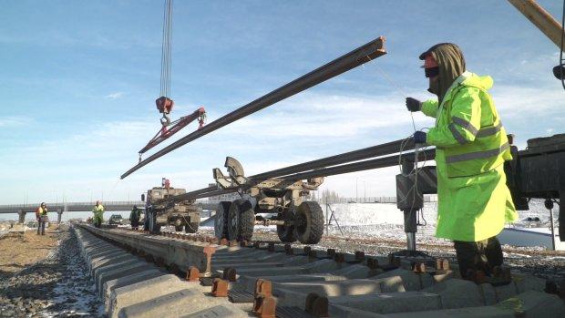 Крымский мост на грани катастрофы, гремят взрывы: ситуация вышла из-под контроля