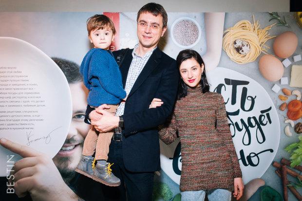 Володимир Омелян з родиною