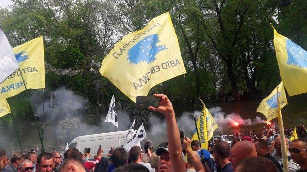 Евробляхеры готовят массовую акцию: под Верховную Раду едет вся Украина