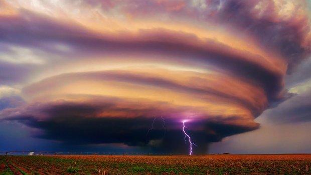 У Дніпрі оголошено штормове попередження: стихія знесе все на своєму шляху
