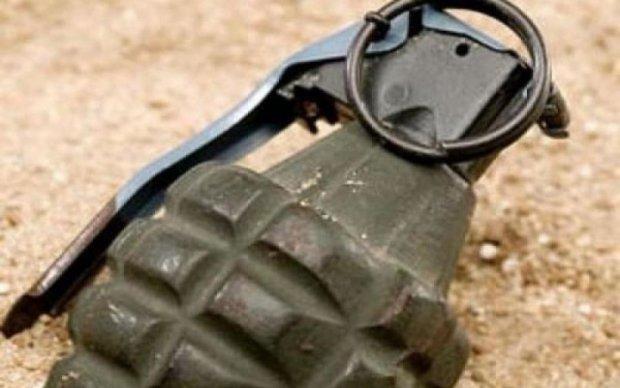 Не до сміху: у львівському смітті знайшли боєприпаси