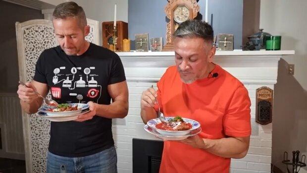 Ектор Хіменес-Браво розповів, як готувати борщ, скріншот з відео